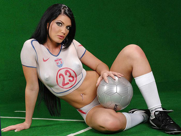 usa-world-cup-girl-naked-body-painting